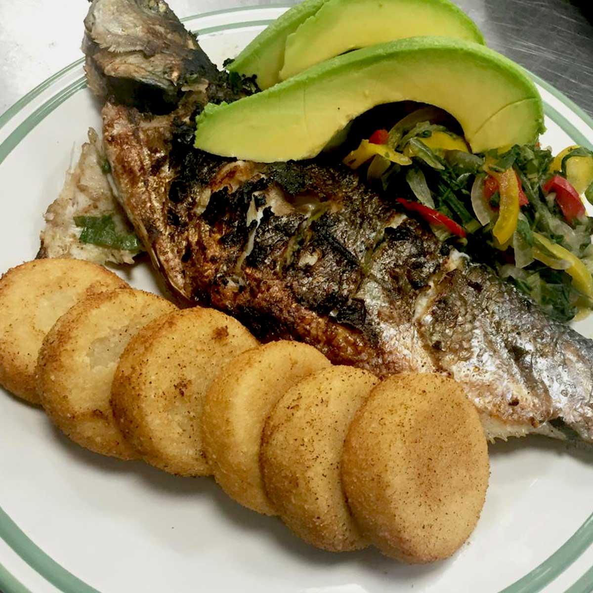 he_food_fish-dish